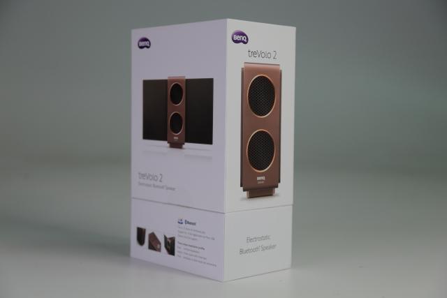 BenQ treVolo 2的包裝延續舊版包裝,包裝箱正面圖樣是喇叭的正面,背面則是喇叭背面,頗有巧思。