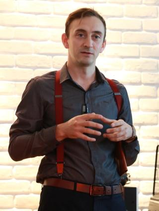 Meze耳機創立者Antonio Meze,親自來台發表99 Neo耳機。