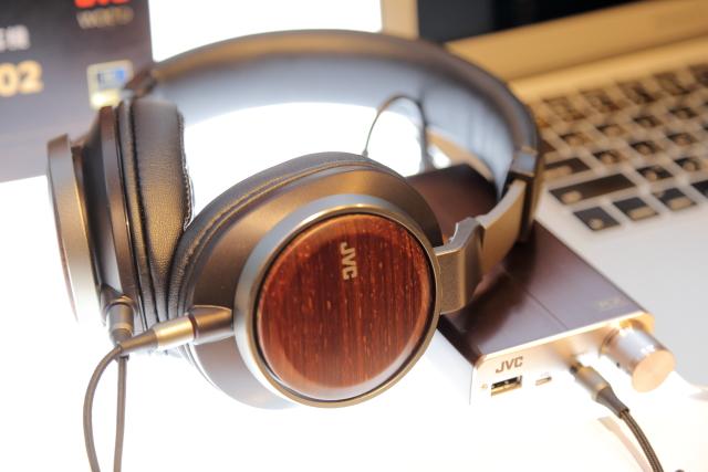 木質技術再突破-JVC HA-SW01與HA-SW02耳機新登場