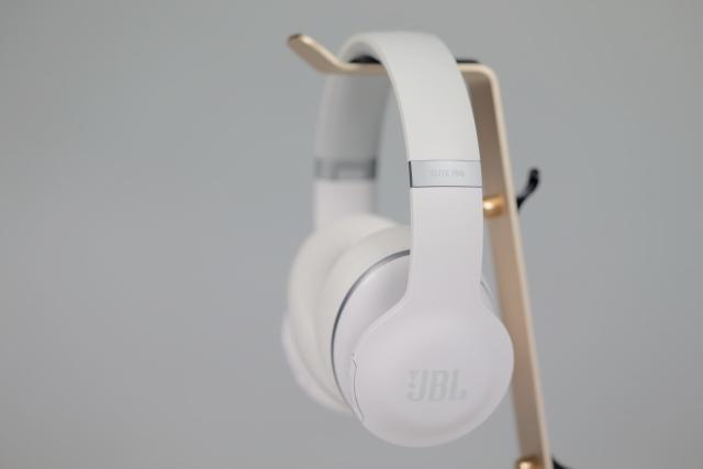 淨白魅力-JBL Everest Elite 700藍牙抗噪耳機