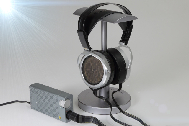 靜電也有迫力-Stax SR-009S靜電耳機